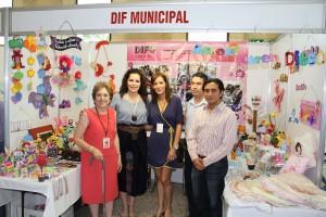 Asiste Noris Jiménez  a inauguración de Feria del Bebé y la Mamá Esquivar 2013