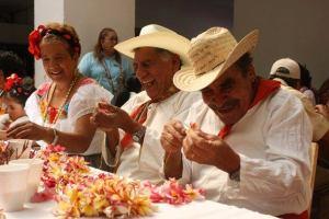 """Este 25 de abril, Gobierno de la Ciudad realizará """"Tradicional Ensarta de Flor de Mayo 2013"""""""