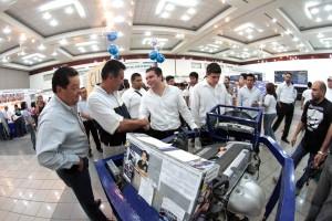 Penagos Vargas, visitó los distintos stands de las universidades participantes