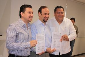 firma de convenio congreso-unach