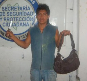 FNB - Sujeto detenido por robo con violencia